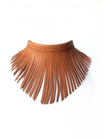 Oh!Este Handmade Accesories, collar de cuero y flecos, diseño exclusivo. Indian summer