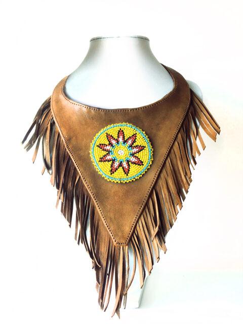 "Oh!Este Handmade Accessories, collar de cuero tipo peto ""Sun"""